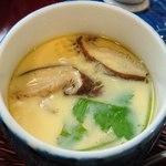 94507468 - 丸八鮨 @巣鴨 かな~り経ってから運ばれた、椎茸・三つ葉・ちっこい海老・筍が入る茶碗蒸し