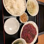 94508331 - 焼肉定食¥800 ご飯お代わり自由