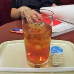 カフェ・ベローチェ - アイスティー
