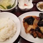 旺旺 - 茄子と豚ひき肉辛子炒め