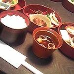 Hikariyahigashi - 昼箱膳1575円