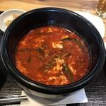 韓国家庭料理 炭火焼肉 しんちゃん - ユッケジャン