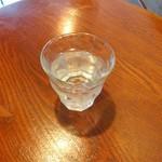 カンダコーヒー - 水