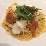スパゲティ そら - 釜揚げしらすと梅と青じそのおろし大根の和風醤油バタースパゲティ