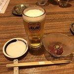 鮨遊膳 みのり - まずは乾杯の生ビールとお通しの漬けマグロ(^^)