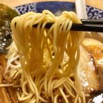こりく - とりとんこつラーメン  麺リフト