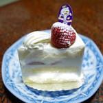 Patisserie FIGLIA - 苺のショートケーキ