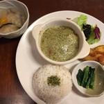 未来食カフェレストラン つぶつぶ - 日替わり雑穀ランチ 1188円