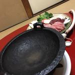 楽 - 鉄鍋