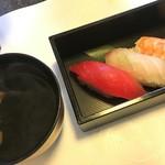 春家秋亭 - お寿司とお吸い物