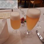 マウレ山荘 - まずはビール
