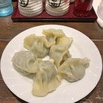 青山餃子房 - 豚肉ニラエビ水餃子<六個>