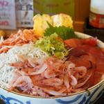 ごはん屋さくら - 料理写真:静岡てんこ盛り丼・大大