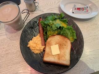 グッドモーニングカフェ  神田錦町