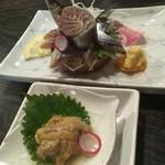 炉端のユーカラ - 料理写真:根室さんま姿造り880円と海水うに刺980円