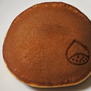 香炉庵 - 料理写真:季節限定のモンブランどら焼