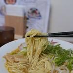 94555231 - 麺は細麺