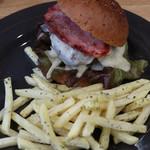 陽食屋3 - 荒々しいハンバーガー ポテト付きです