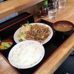 94557438 - 焼き肉定食。量がおお〜い! ('18/10/14)