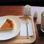 カフェ フェリーチェ - ドリンクとケーキとセットで頼むと100円引き
