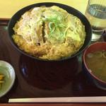 蕎麦 かぶら木 - 料理写真:蕎麦屋のカツ丼  980円