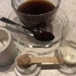 ハチ カフェ -