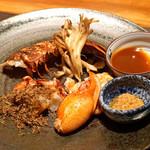 神楽坂 鉄板焼 中むら - ブルターニュ産 オマール海老 岐阜県産 天然舞茸を添えて