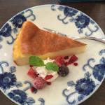 カフェ&ギャラリーゆうせい丸 - 料理写真:チーズケーキ アップ