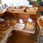 杜のパン屋 - 販売スペース(狭)