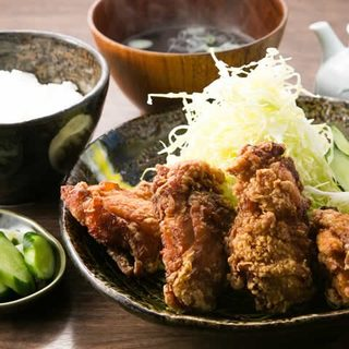 ---ランチ人気No1---竜田揚げ定食680円