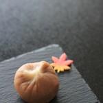 和三盆 恵菓 - 料理写真:栗名月(たぶん)