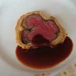 94582380 - ランチ(牛フィレ肉のパイ包み焼き赤ワインソース)