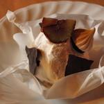 ありんこ菓子店 - 料理写真:渾身のモンブラン 620円