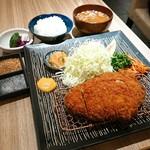 94587052 - 特製ロース定食
