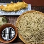 松六亭 - 料理写真:もり560円と烏賊天160円(税別)