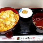 秋田比内や - 料理写真:比内地鶏親子丼!