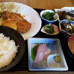 蔵八 - イワシとホタテのフライ定食(日替わり定食)