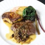 ル ベナトン - アンガス牛フィレ肉のグリエ 茸のソース