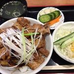 日本豚園 - 酒場の豚丼