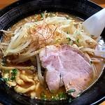 恵比寿 - 料理写真:辛味噌らーめん