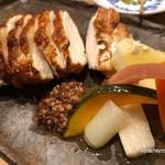炭火焼鳥 きち蔵 - 料理写真:山水地鶏もも塩焼き
