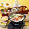 鈴のれん - 料理写真:明日葉スープきのこ鍋膳