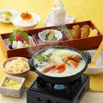 鈴のれん - 明日葉スープきのこ鍋膳