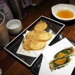 魚椿 - 山芋の素揚げ、ウニの磯辺巻き天ぷら