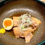 かこい - 豚の角煮定食 味付け煮玉子付き