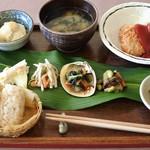 和風カフェ はらいそ - 田舎定食  750円