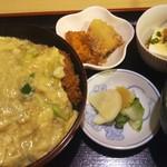 まつもと食堂 - 料理写真:カツ丼(800円)