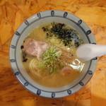 94626561 - 塩パイタン麺 750円