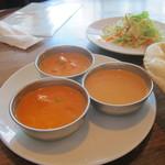 オリエンタルテーブル アマ - 三色カレー