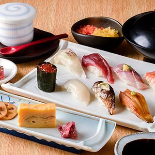 コスパ抜群の寿司ランチ◎毎日10食限定の特選ランチも